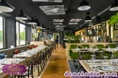 Thiết kế hệ thống ánh sáng cho một quán cà phê hiện đại.